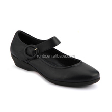 Hot Sale Black Color Simple Design Leather School Shoes For Girls Cowhide Leather Thick Heel Women Shoes Without Lace