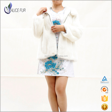 Manufacturer Direct Factory Latest Fashion Winter White Mink Fur Coat / Jacket For Women