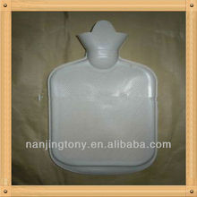 750ml rubber hot water bottle,passed by BS 1970:2012 standard test