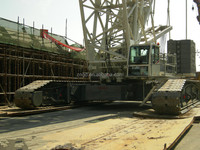 Used Germany Demag 500t crawler crane and 500t crawler crane in shanghai look for an agent or trade company