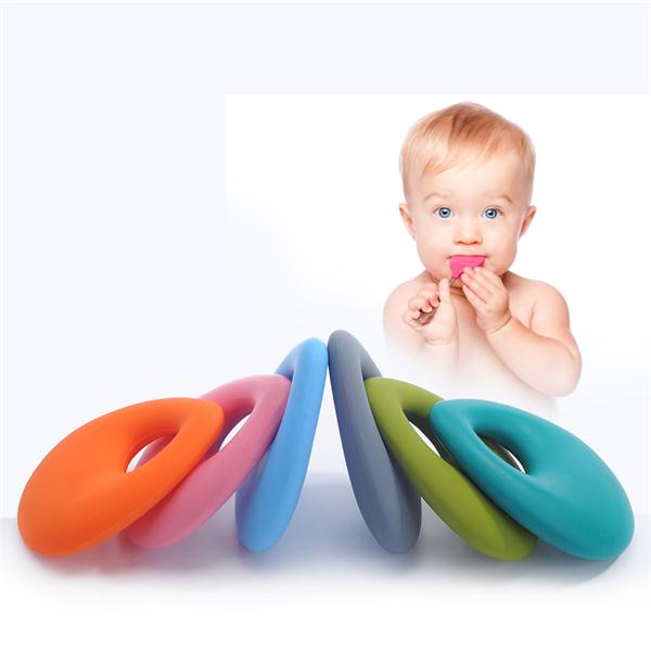 2017 Fashion Design High Quality100% Food Grade And BPA Free Silicone Long Drop Pendant Baby Teether