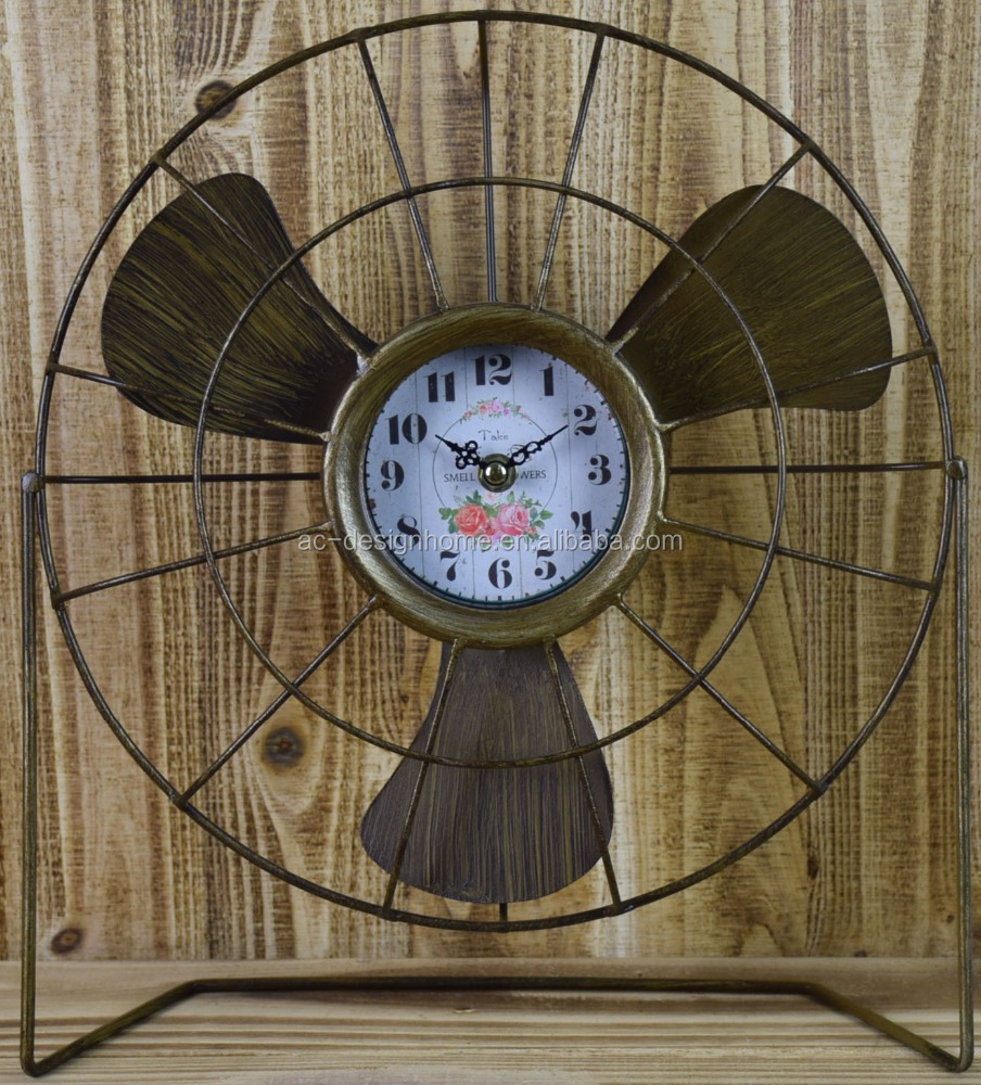 VINTAGE ANTIQUE DECORATIVE COPPER METAL FAN SHAPE TABLE TOP CLOCK