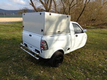 Fulu EEC approved 600cc 3 wheel van cargo trucks with cabin/600cc cargo tricycle