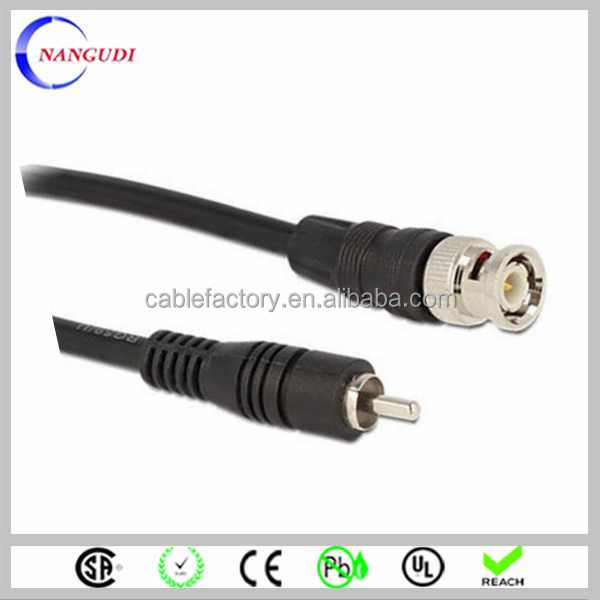 connect audio/video male to male DB9 to RCA cable