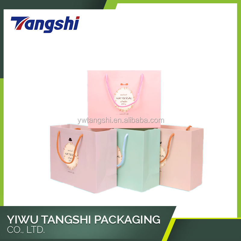 China Factory Professional Custom Printed Handmade packaging paper led gift bags