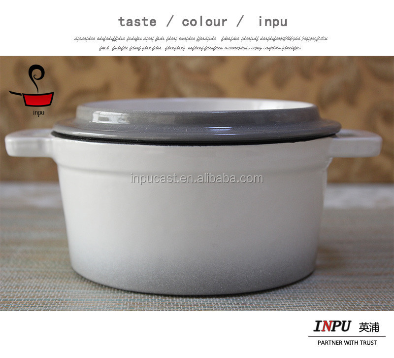 2016 new style white porcelain mini casserole cookware