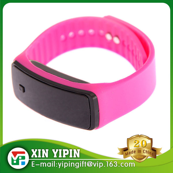Fashion Red Light Silicone Band Bracelet LED Watch Digital Lady Watch Cheap