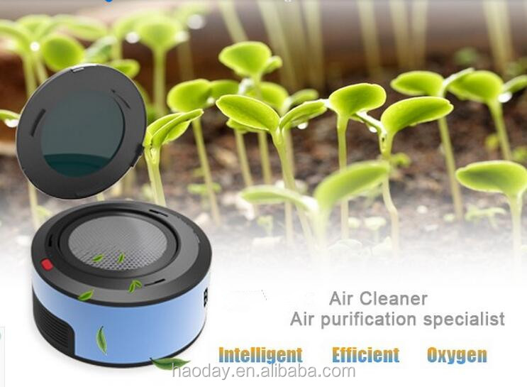 Beautiful AP-101 mini portable car air purifier with USB plug, Air Purifier for cars with activated carbon adsorption technology