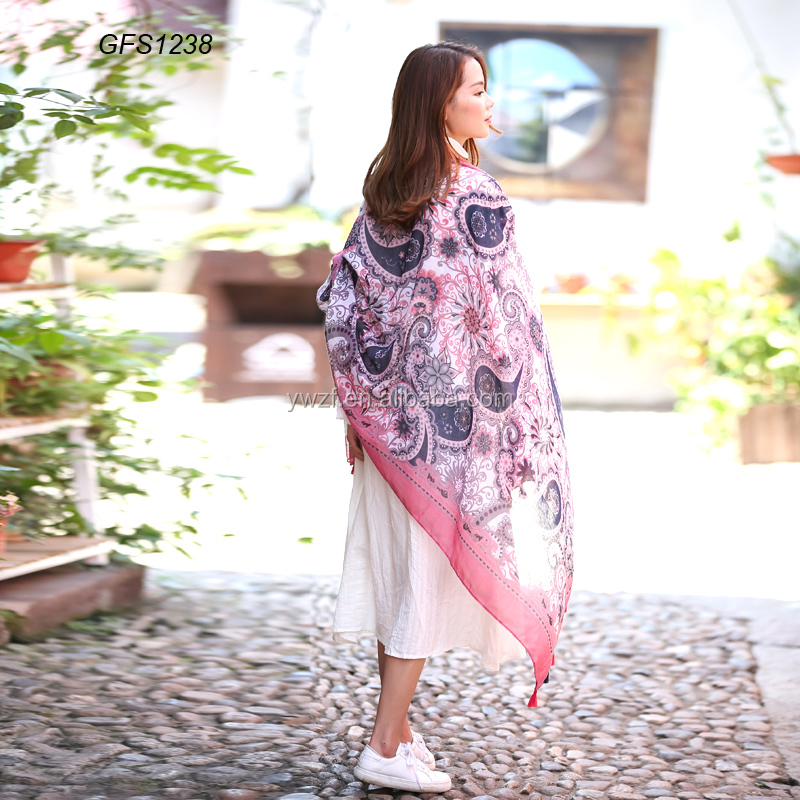 Brand new fashion customized print shawls with colorful tassels