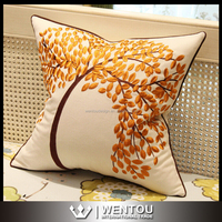 New Fashion Embroidery Cushion Cover