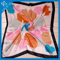 Wholesale hot selling fashion satin print silk scarf
