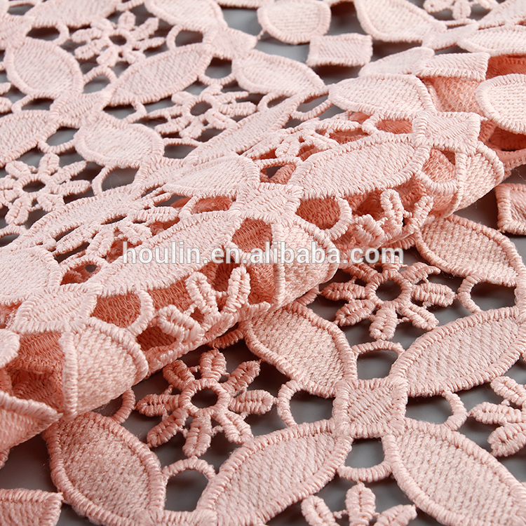 C5011 nice design 130 cm 100 polyester white flower pattern mesh textiles 3d lace fabric