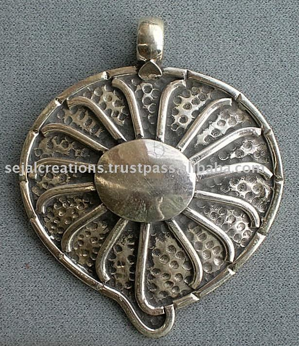 Sterling Silver Jewellery,beautiful pendant,bilf leaf shape pendant
