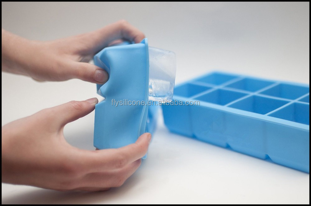 2016 hot selling resuable food grade silicone ice cube mold ice cream tools
