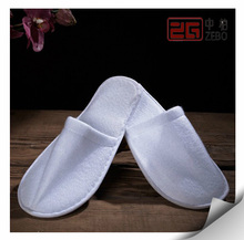 100% Cotton Towel Fabric Cutomized Embroidery Logo Cheap Hotel Slippers