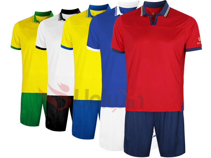 Customized Long sleeve Soccer Jersey in stock