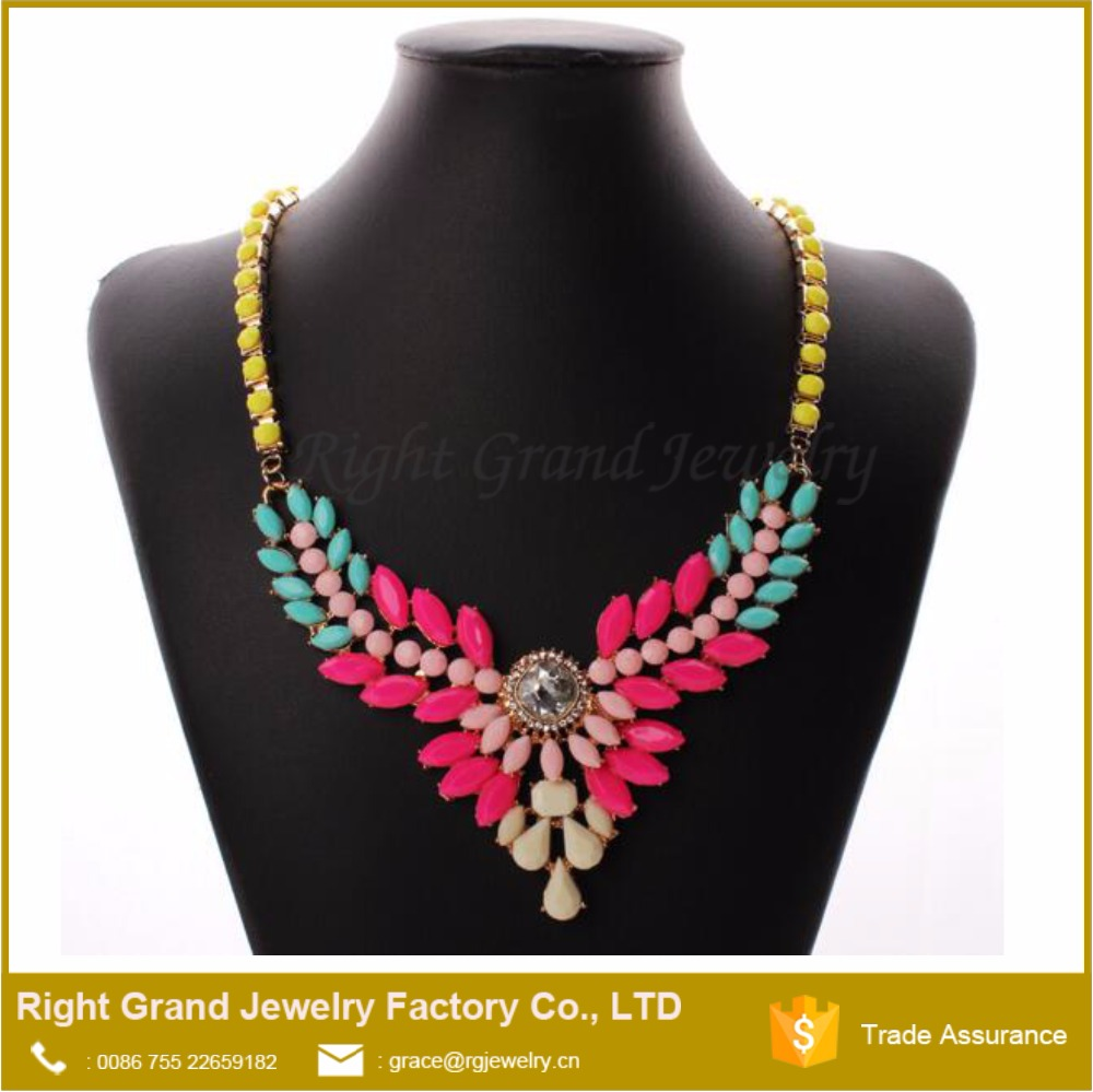 New Design Trendy Handmade Acrylic Diamonds Necklace Jewelry Gold Plated 18K Gold Necklace