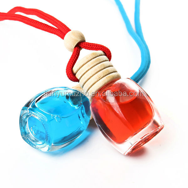 2014 popular Wooden cap hanging empty perfume bottles