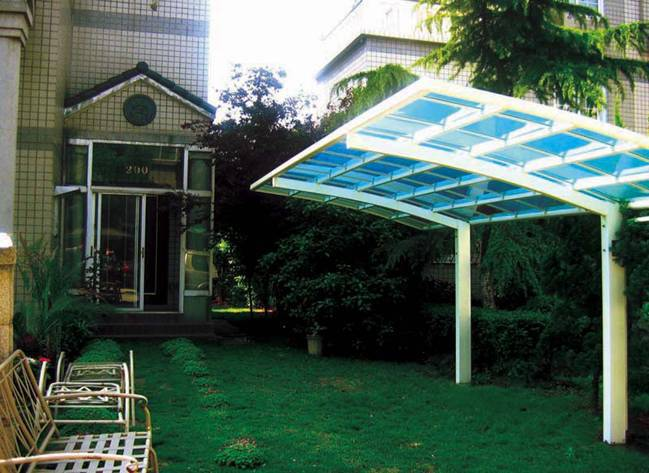 Polycarbonate carports with aluminum frames