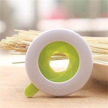 YL082 New Style spaghetti measuring tool plastic pasta measure
