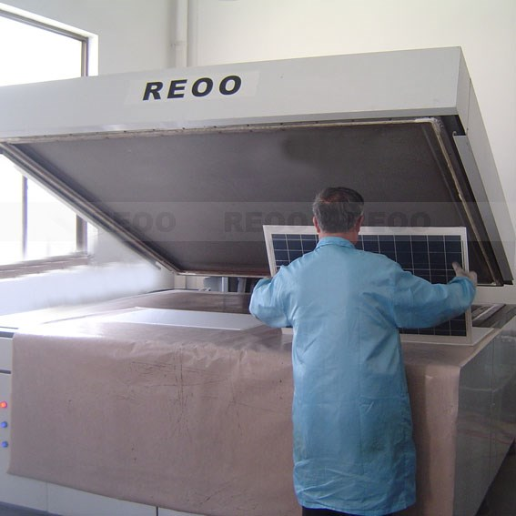 High quality solar module laminator for TPT and EVA encapsulating (trainning, installation,quality warranty)