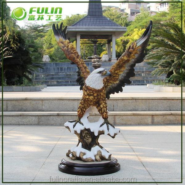 Polyresin eagle sculptures for home decoration buy eagle for Eagle decorations home