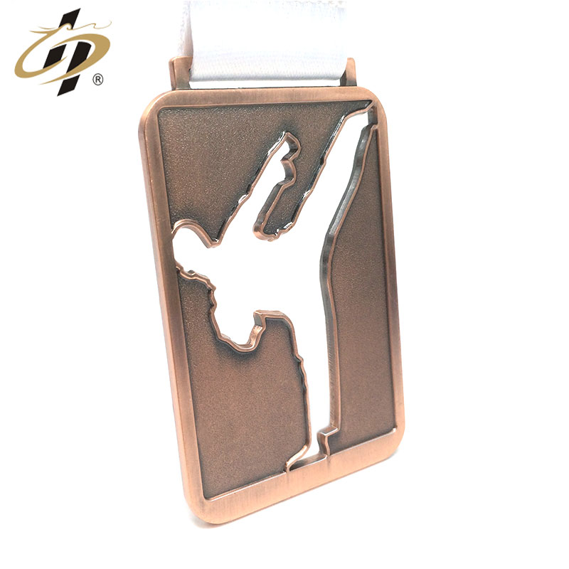Promotional factory supply custom metal own karate design award medals