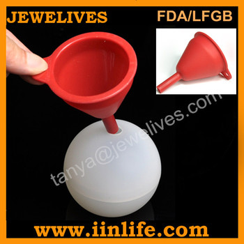 2013 New Amazon hot custom silicone ice ball with funnel