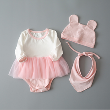 Baby girl cotton leisure long-sleeved romper three-piece