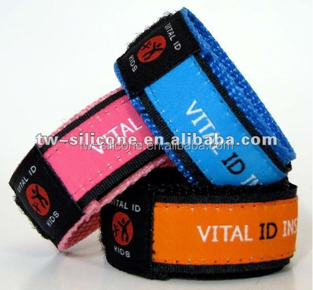 2016popular nylon id wristband with id tag for adventurous sports
