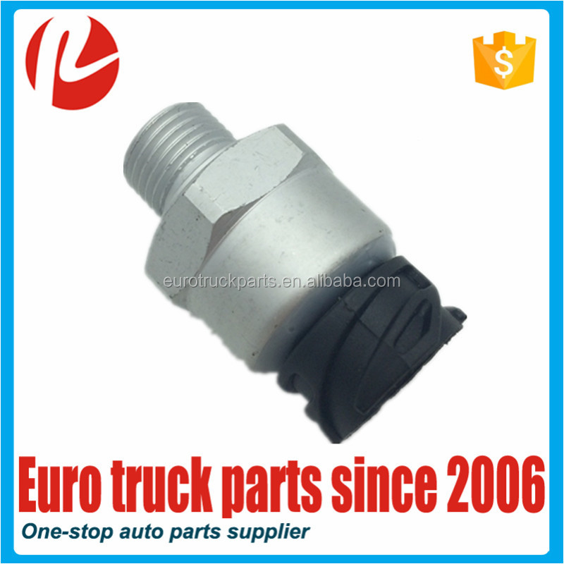 Heavy duty european truck auto spare parts oem A0055425818 cheap pressure sensor for MB actros