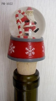Polyresin Wine stopper with snowglobe