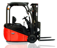 CPD three-wheel forklift truck