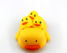 Customized promotional gift rubber yellow duck wholesale Soft Vinyl Toys