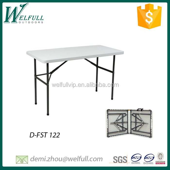Portable fold-in-half plastic rectangle table 122cm for picnic and dinning