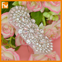 Hot selling custom iron on rhinestone dance appliques design