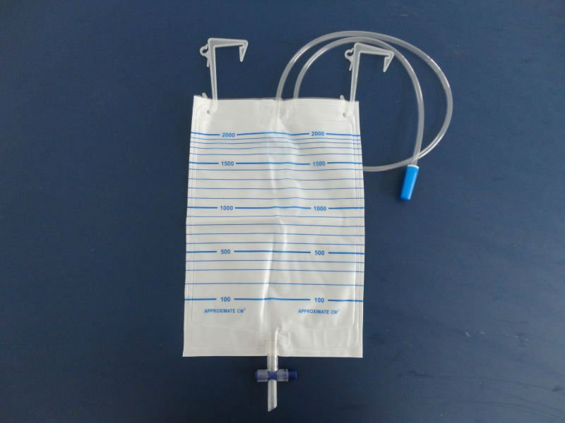 disposable urine bag/ cross valve outlet,CE certificate