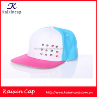 New Fashion OEM Adjustable Flat Brim Custom Rivets Baseball Snapback Cap