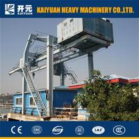 quay mobile container crane with crane spreader