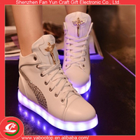 adults led shoes in China