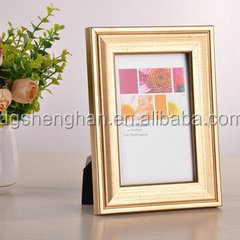 Dongguan plastic innovative design plastic photo frame