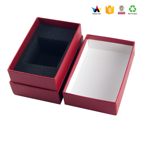 2017 New cardboard paper gift box with foam insert,paper gift packaging box,magnet close box