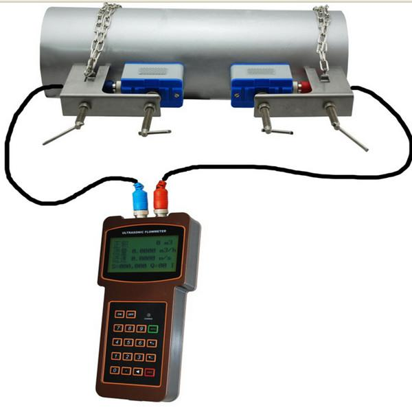 Easy operating handheld ultrasonic flow meter /clamp on ultrasonic flowmeter