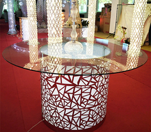 new design wedding dinning round table with led round glass