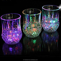 Newest best sell flashing led shot cups fancy drinking glass