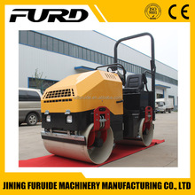 1700kg Small Vibratory Earth Compaction Road Roller Price (FYL-900)