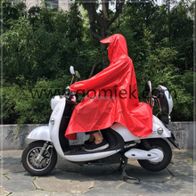new style High quality colorful 100% waterproof breathable rain poncho with reflective design