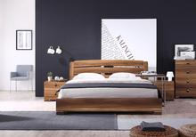 2017 minimalist bedroom set is made by E1 MDF board with High gloss spray printing