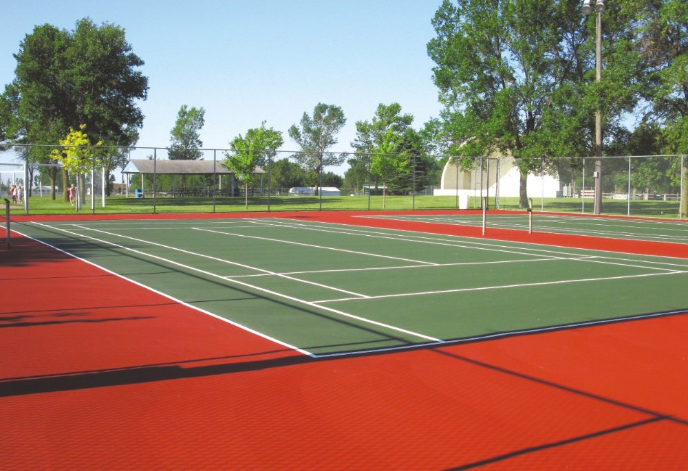 Outdoor basketball court flooring cost rubber mats for for Sports court cost