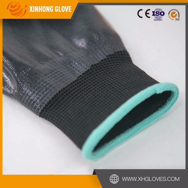 Xinhong 13g knitted white nylon and spandex coated purple glove /foam nitrile gloves/Strong abrasion performance